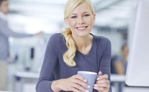 白领喝咖啡出现心慌 怎么回事