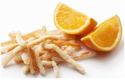 吃橘子别扔皮能预防晕车 橘皮制作的美味佳肴推荐