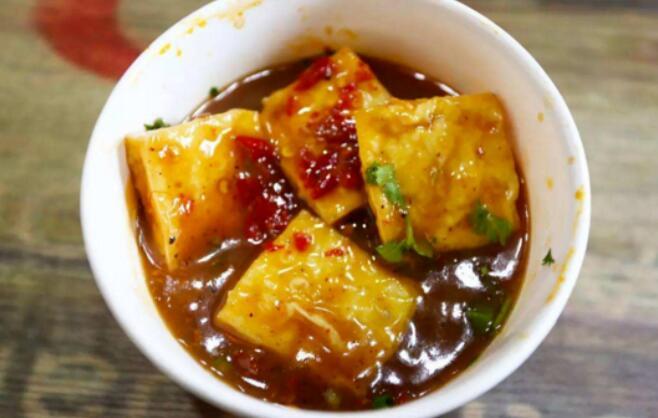 拌酱长沙臭豆腐的做法和拌酱臭豆腐配方
