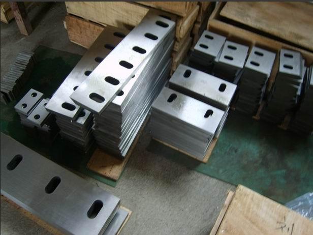 塑料粉碎机刀片(塑料刀片)材质的选用