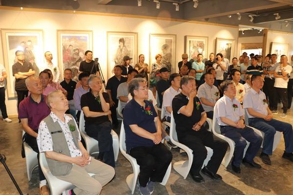 阳光同行——贾发军中国画作品展在郑州隆重开幕