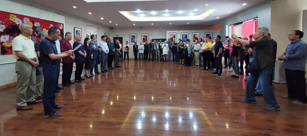 致敬美好 迎民族盛会 庆七十华诞——郑州市著名书画教育家段炼先生作品展在郑州开幕