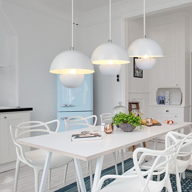 灯饰现代简约餐厅灯吊灯三头黑色白色E14光源吊灯客厅卧室灯具
