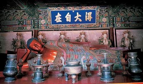 中国十大著名寺院之卧佛寺