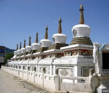 中国十大著名寺院之塔尔寺