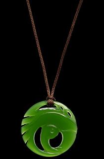 Weta出品《古墓丽影:暗影》翡翠项链