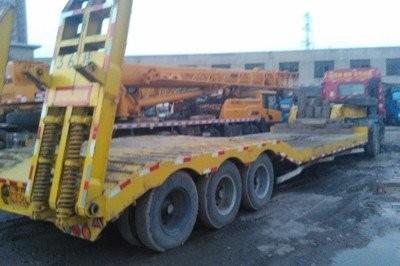 成都到西藏拉萨物流货运公司--爬梯车运输车型
