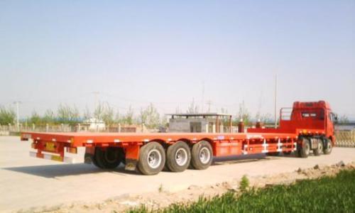 乐山物流公司车型-17.5平板车