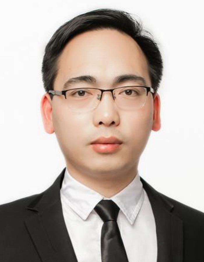 李军,中国翰林书画院信阳分院院长